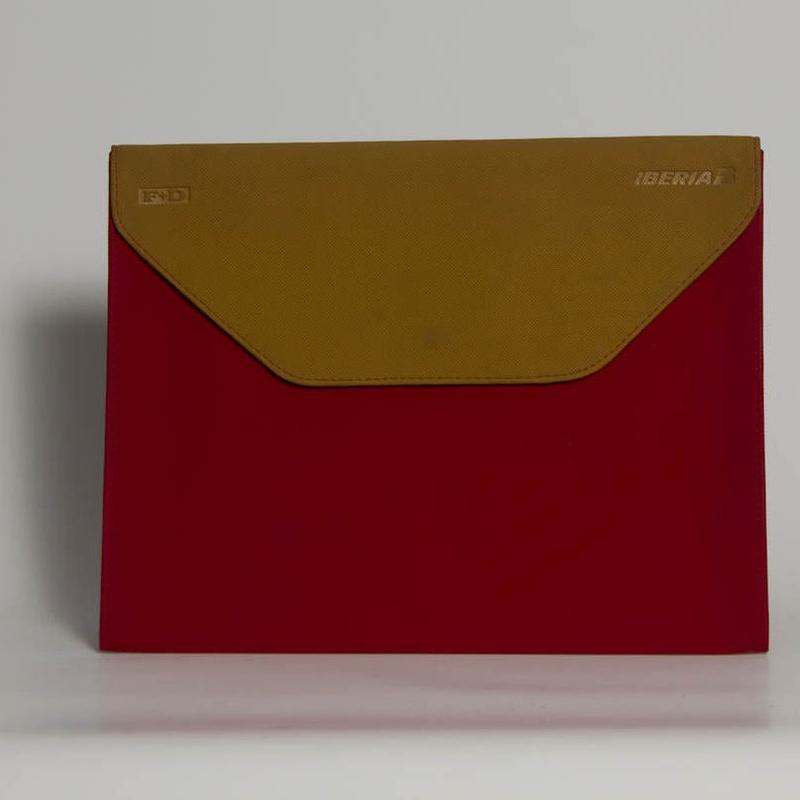 PortaDocumentos PD-01508: Catálogo de M.G. Piel