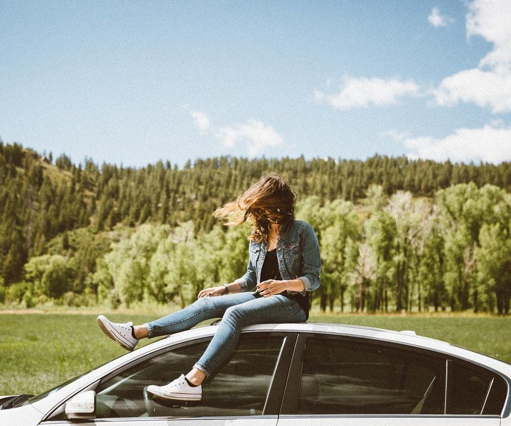 Disfruta del buen tiempo gracias a los coches con techo solar