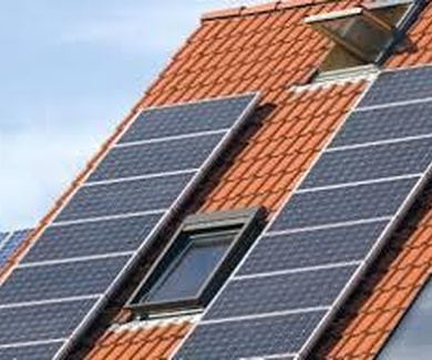¿Cómo funciona una instalación de placas solares para agua caliente?