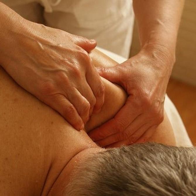 ¿En qué consiste un masaje terapéutico?