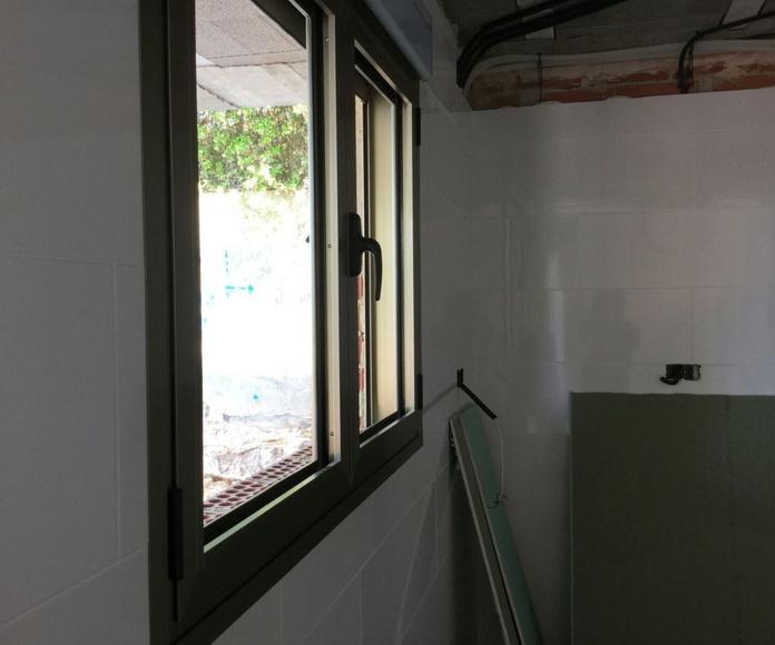 Cerramientos y ventanas de PVC en Rocafort