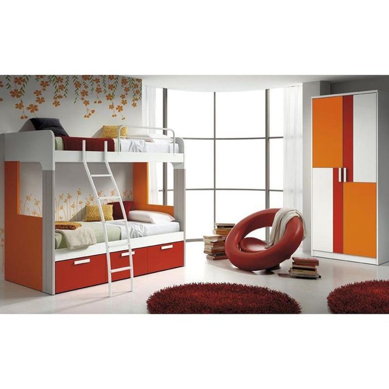 Litera dos camas con escalera. Naranjas y blancos. Aspecto moderno al mejor