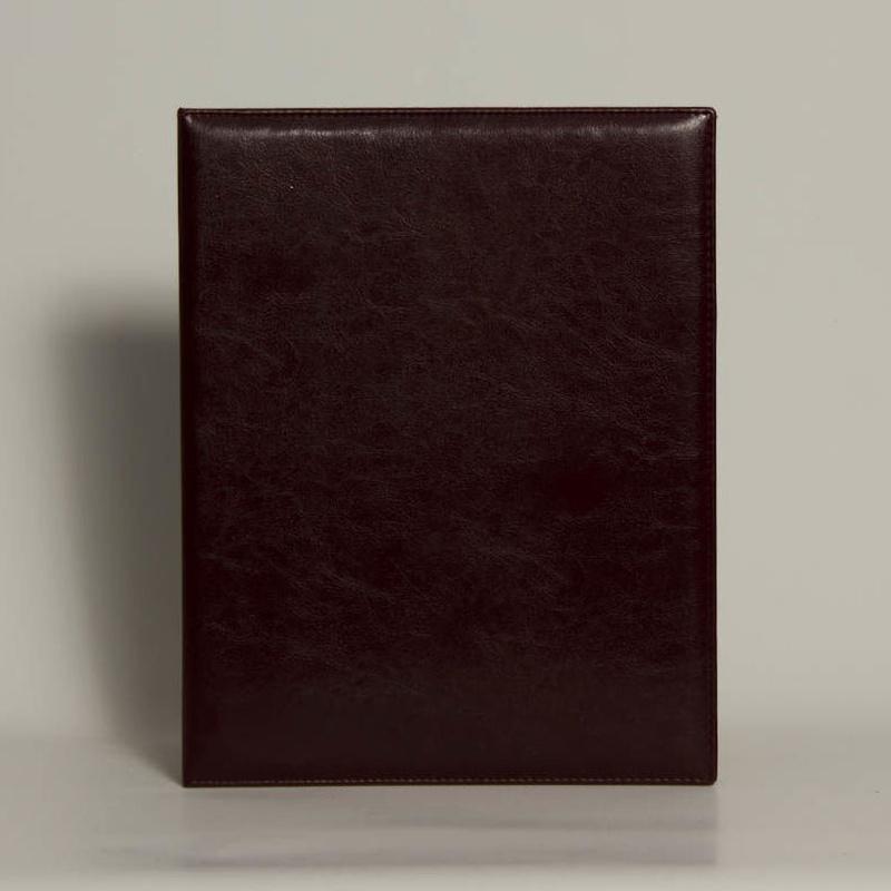 PortaDocumentos PD-01558: Catálogo de M.G. Piel