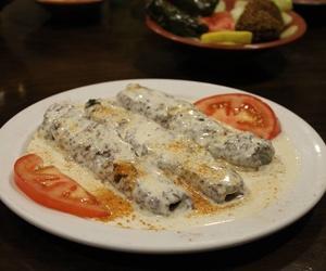 Pincho variado con salsa de sésamo - Restaurante Mataró - Les Mil i Una Nits