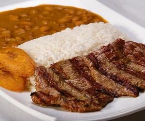 Todos los productos y servicios de Cocina latinoamericana: Centro Recreativo El Rincón del Panita