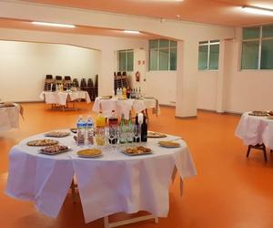 Organizamos tu evento en un amplio local con nuestros platos