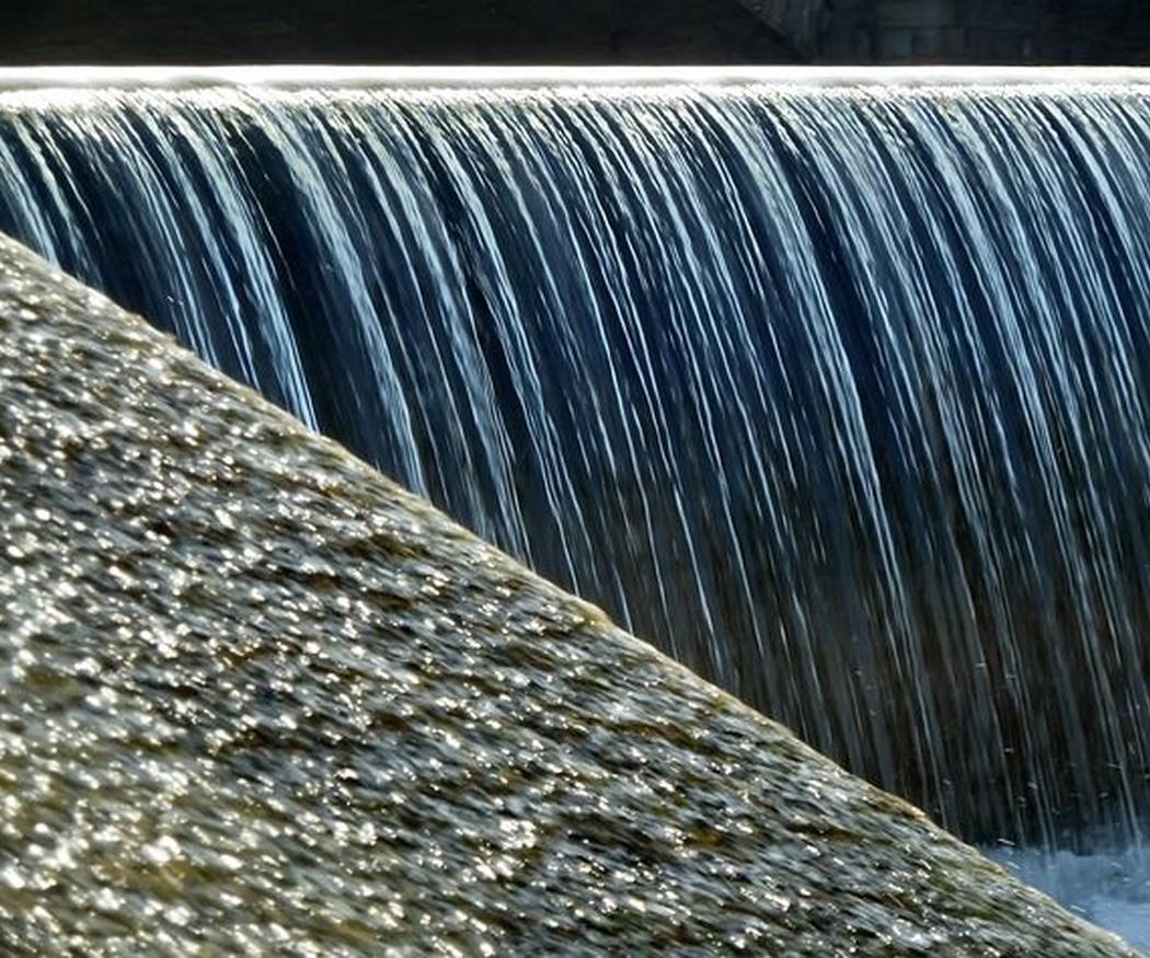 ¿Cuáles son los problemas de un inadecuado mantenimiento de las balsas de riego?