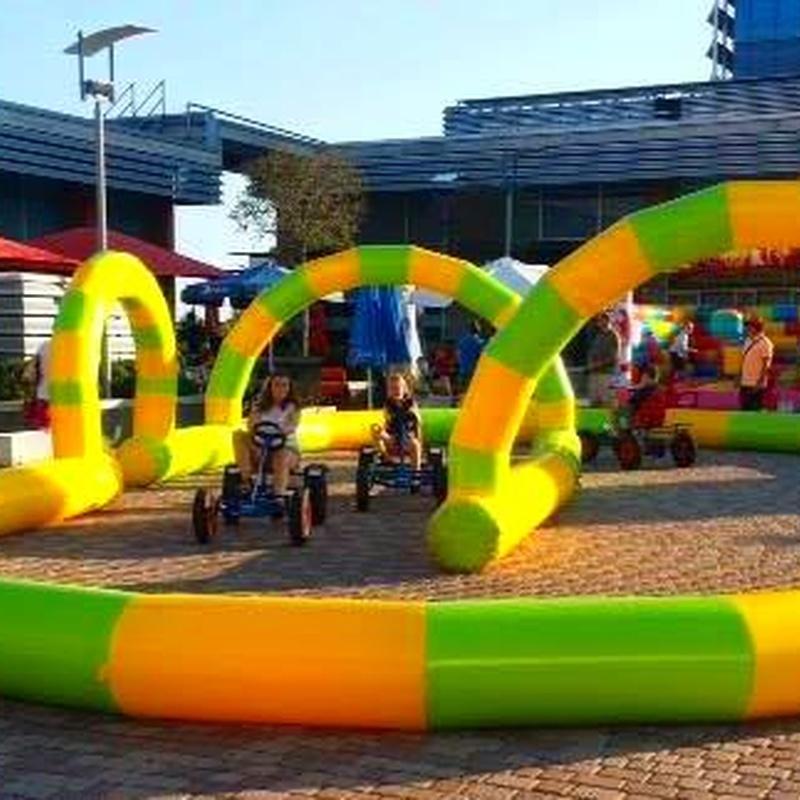 Castillo Hinchable Circuito 3: Catálogo de Hinchables Happy Jump
