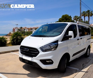 Ford Transit Custom Luxe Blue