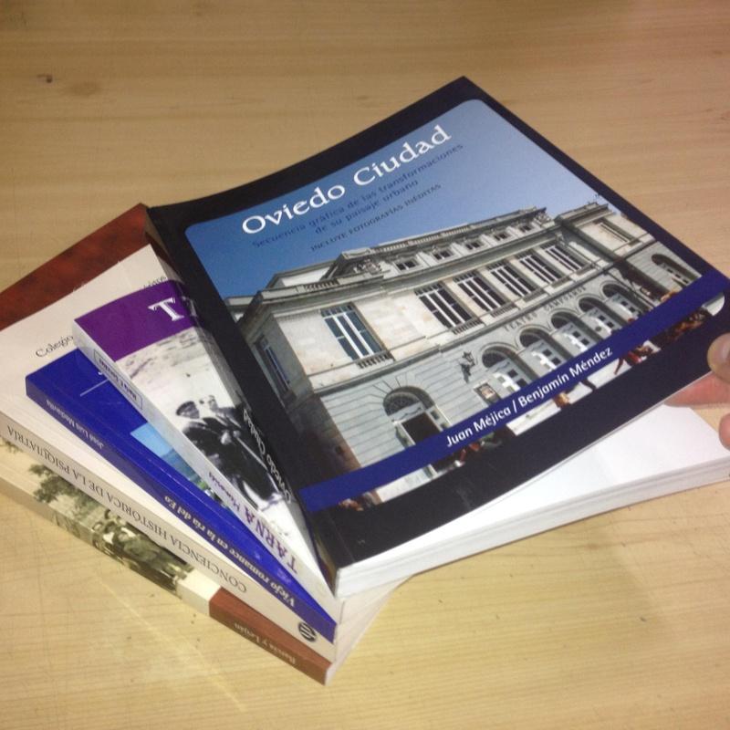 Libros bajo demanda en color o negro