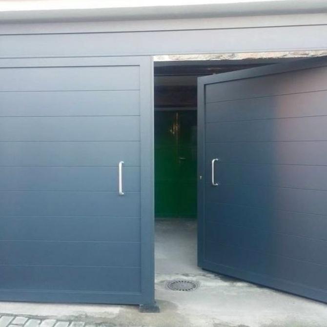 Puertas de garaje y sus mecanismos de apertura