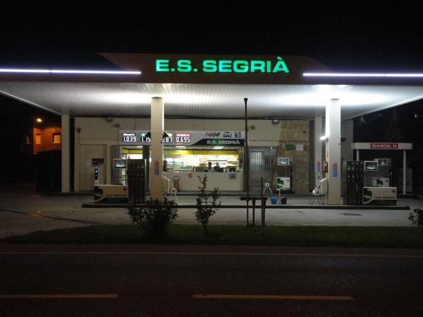 Estació de Servei: Productes i serveis de Estació de Servei Segrià
