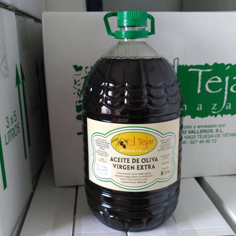 Cambio. Aceituna por aceite: Productos y servicios de Almazara El Tejar