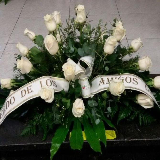 ¿Cuándo comienza la tradición de llevar flores al cementerio?