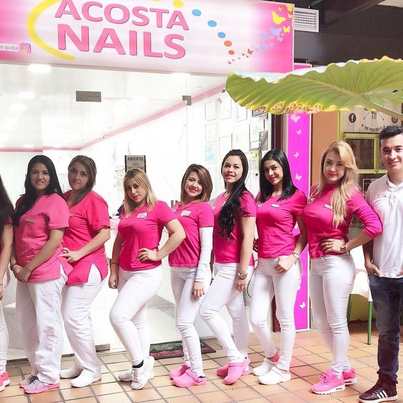 Acosta Nails: Tiendas de Zoco Villalba