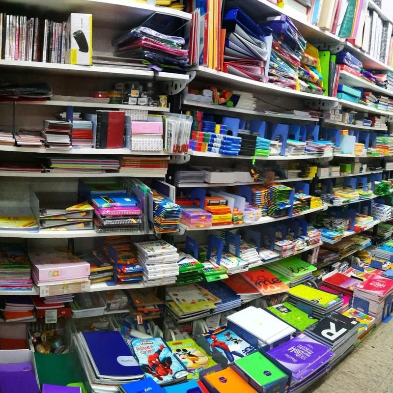 Material escolar: Servicios de Bazar el chollo