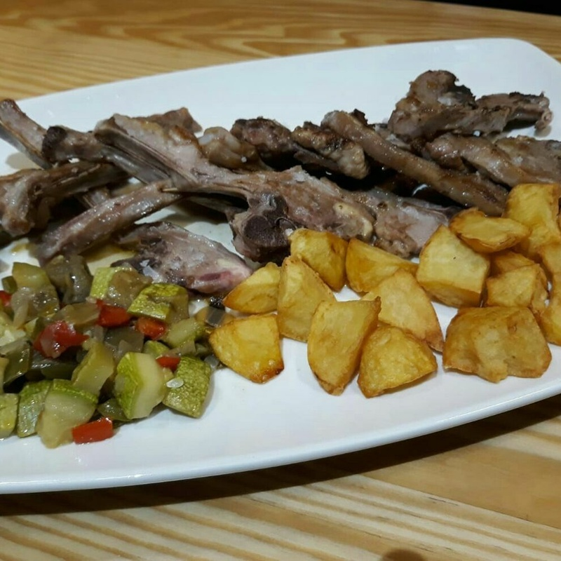 Meat dishes: Our dishes de Maringo Restaurant
