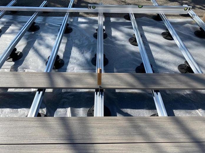 Tarima composite para terrazas