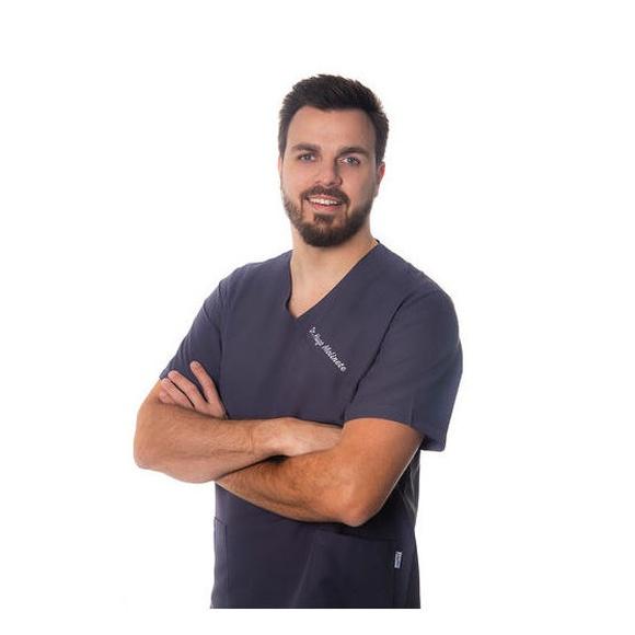 Dr. Molinete - Director de clínica
