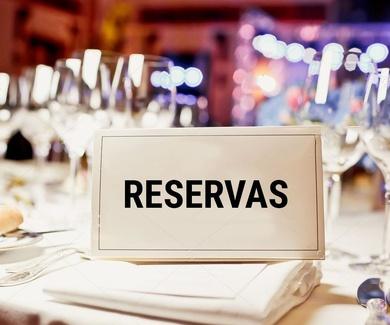 Realizar reservas de cenas antes de las 16 horas.