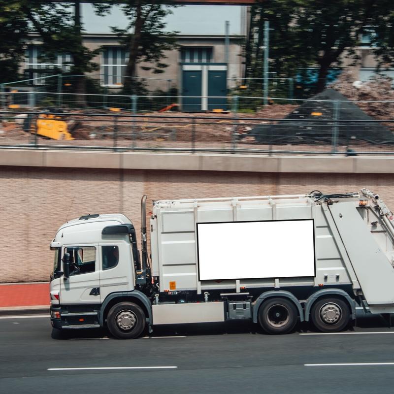 Transporte autorizado de residuos: Servicios de Font Grau, S.L.
