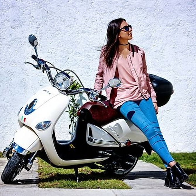 Cómo conducir tu moto en verano
