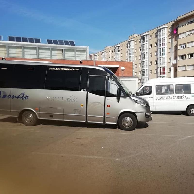 Vehículos adaptados para personas con movilidad reducida: Servicios de Autocares Donato