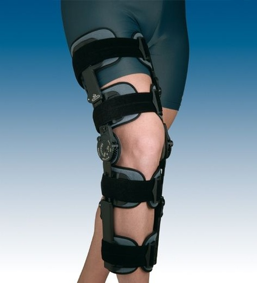 Ortesis de rodilla regulable con bloqueo: PRODUCTOS de Ortopedia J. Ribas