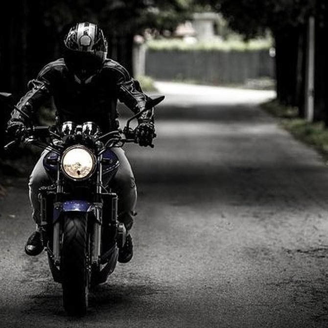 La seguridad, clave al ir en moto