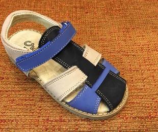 Sandalia de la marca Crius