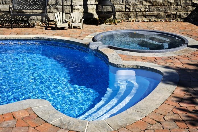 Construcción de piscinas: Servicios de Quatremans