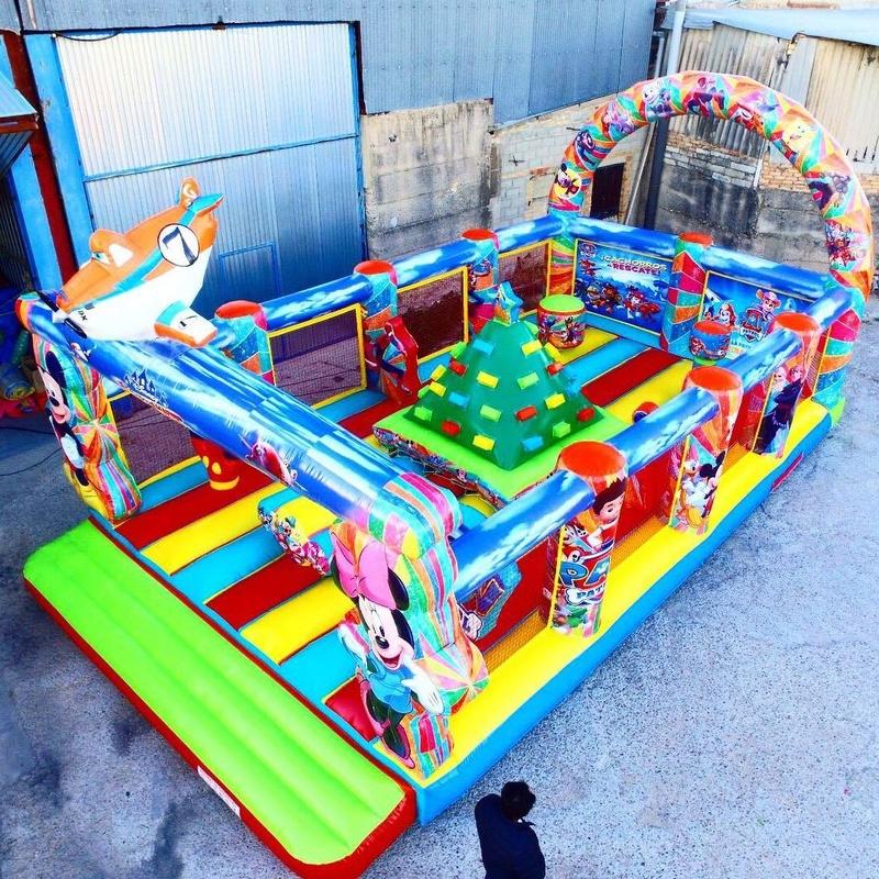 Castillo Hinchable Plataforma 1: Catálogo de Hinchables Happy Jump
