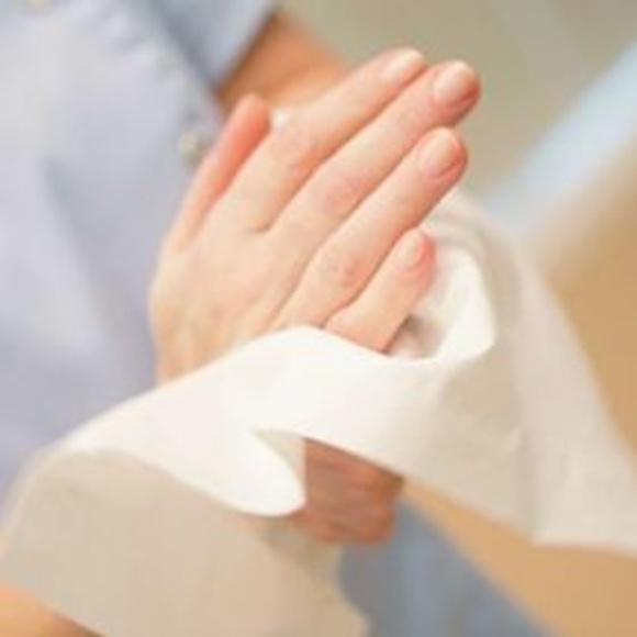 El uso de toallas de papel, la vía más higiénica para secar las manos