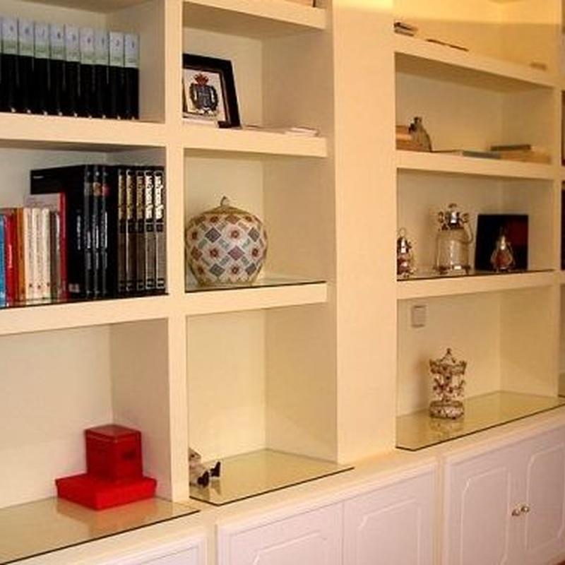 Mueble realizado con placa trillaje