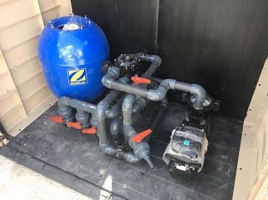 Elevación de casetas de depuración para piscinas