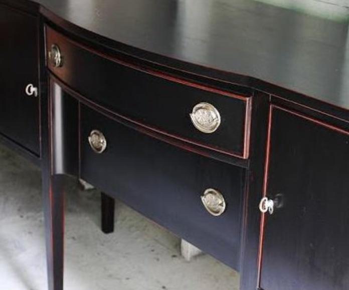 Personalización y transformación de tus viejos muebles.