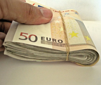 Dinero urgente y otros: Servicios de Barnacredit
