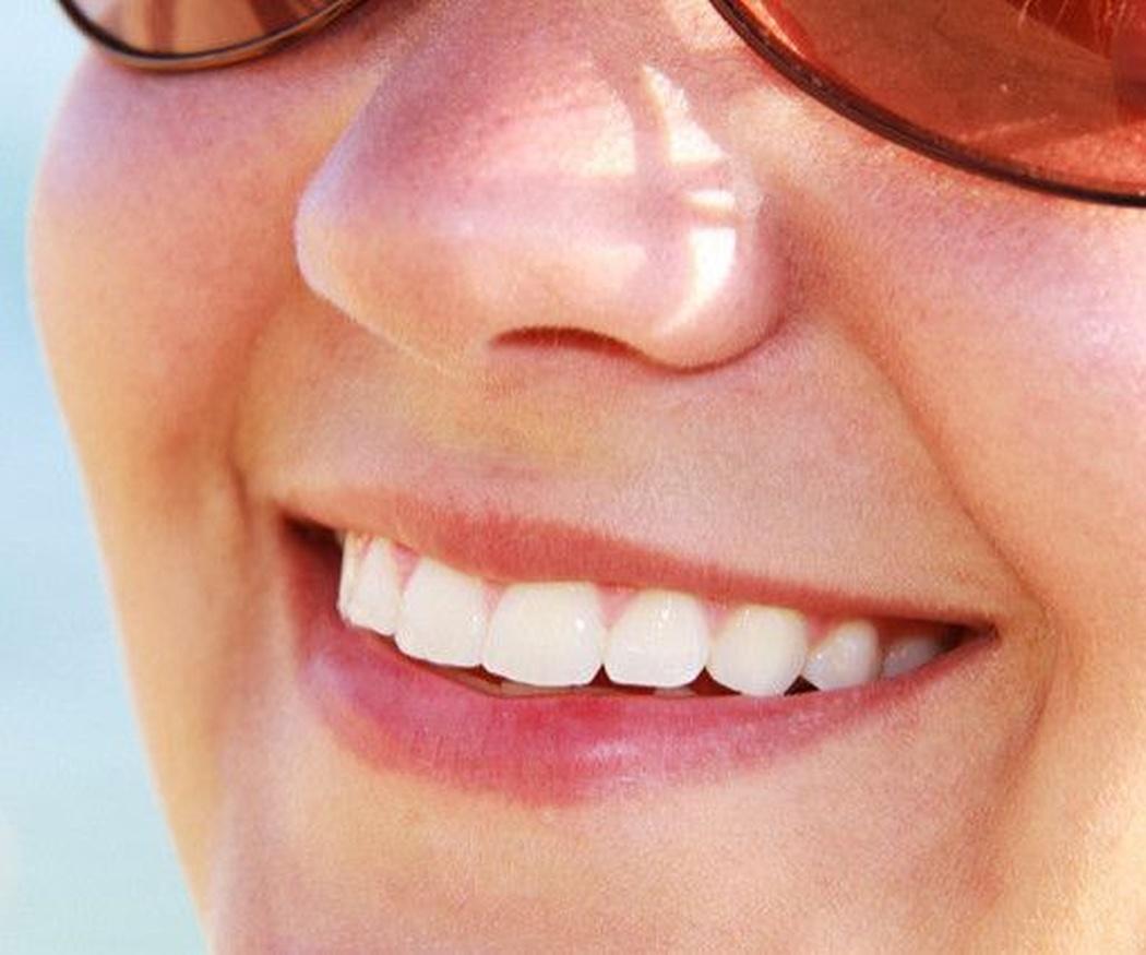 Hilo dental ¿truco o trato de la higiene bucal?