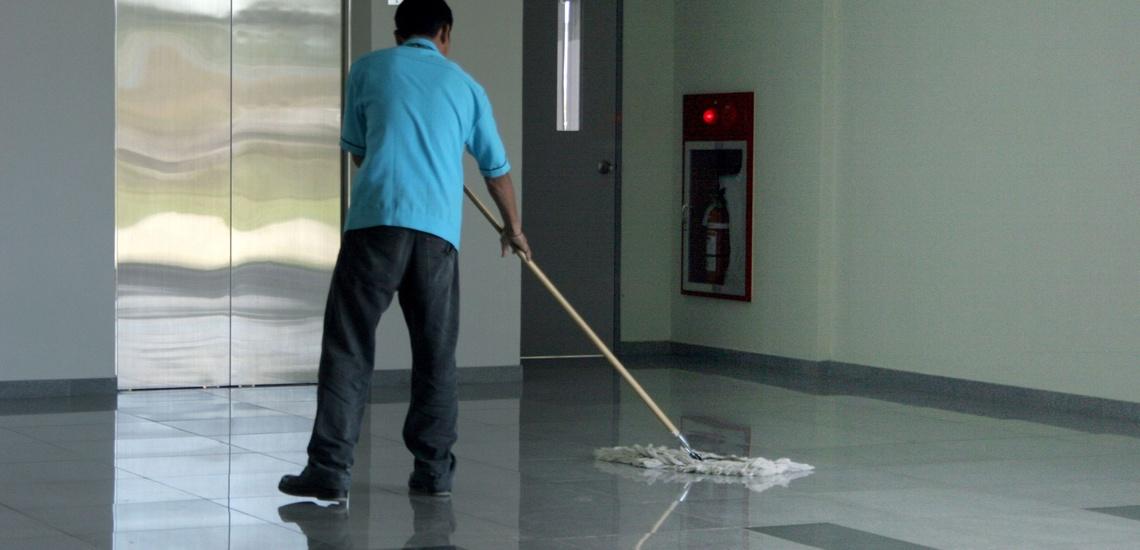 Limpieza y mantenimiento de comunidades de vecinos en Las Rozas