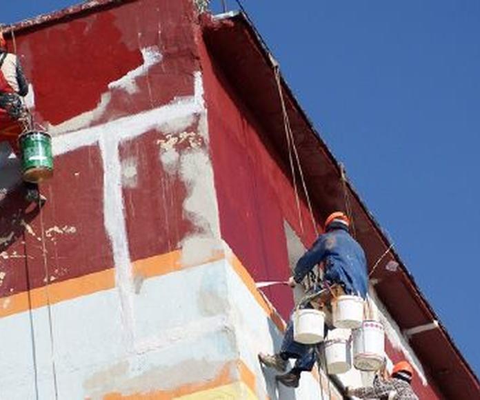 Trabajos con siloxano, silicato y materiales específicos: Servicios de Fachadas Estévez