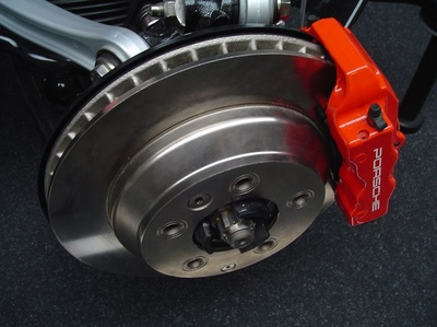 Mecánica de mantenimiento del automóvil: Inyelec, S.A. Bosch Car Service