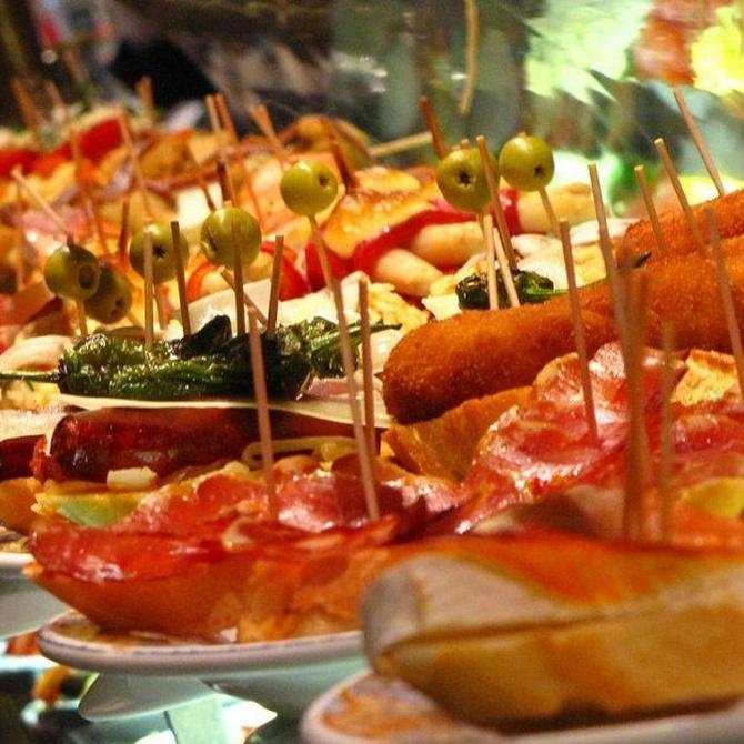 Ventajas de encargar tapas y raciones para comer en casa