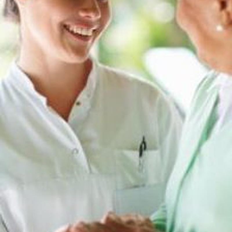 Atención asistencial: Servicios  de Residencia Mayores Santa Helena