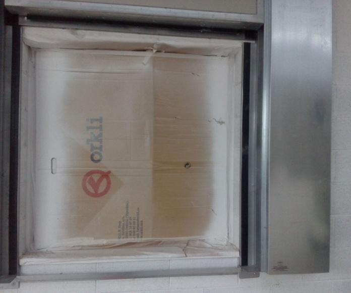 Puerta guillotina cortafuegos 1 hoja junta intumescente Barcelona