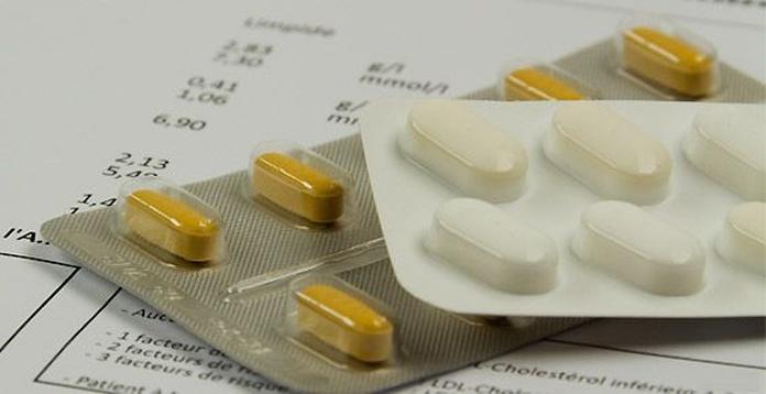 Farmacia: Farmacia y laboratorio de Farmacia y Laboratorio clínico Joaquín Blanco y Ana Albalat