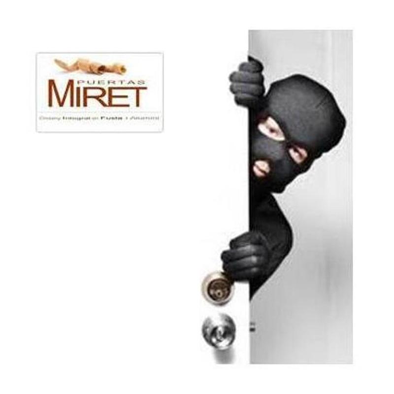 0. ¿Es segura mi puerta de entrada?:  de Puertas Miret