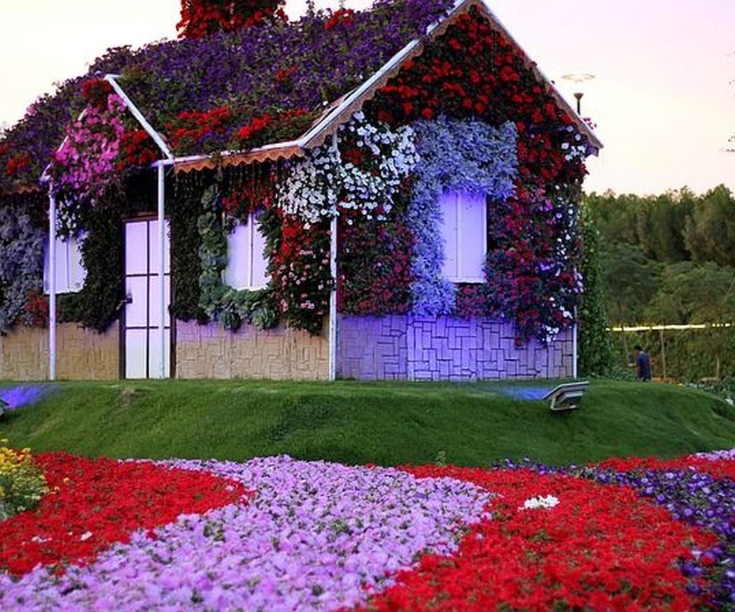 El jardín de flores más grande y espectacular del mundo