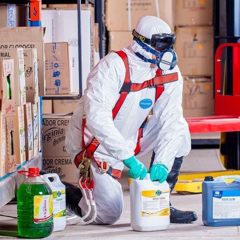 Vestuario Laboral y de Seguridad: Servicios de Material per a la Construcció Miquel Bosch
