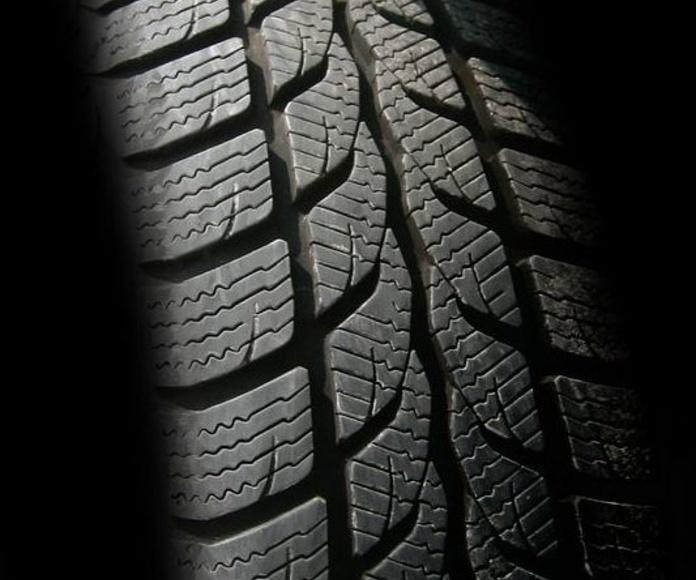Neumáticos: Repuestos y accesorios de Autorrepuestos Javi