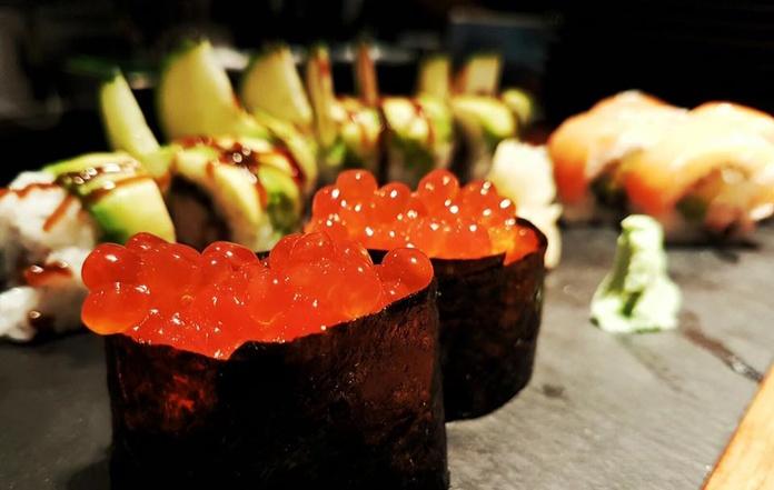 Gunkan (2 piezas - 2 pieces): Carta de Sushis Ibiza